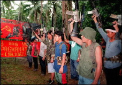 philippines-npa-fighters1