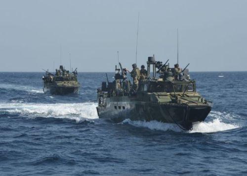 1452660259_iran-us-ship